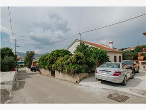 Beachfront accommodation Josipa Okrug Gornji (Ciovo),Book Beachfront accommodation Josipa From 187 €