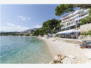 Ferienwohnungen Kate Brela, Größe 40,00 m2, Luftlinie bis zum Meer 20 m, Entfernung vom Ortszentrum (Luftlinie) 50 m