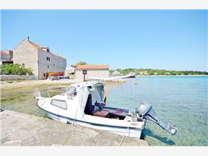 Appartements Islandbreeze Les îles de Dalmatie du Nord, Maison de pierres, Superficie 30,00 m2, Distance (vol d'oiseau) jusque la mer 10 m