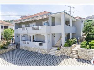 Apartmány Marin Trogir, Prostor 45,00 m2, Vzdušní vzdálenost od moře 50 m