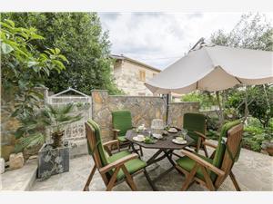 Appartamenti Ivanka Supetar - isola di Brac,Prenoti Appartamenti Ivanka Da 109 €