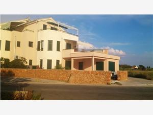 Apartman Sun Hrvatska, Kvadratura 46,00 m2, Zračna udaljenost od mora 10 m, Zračna udaljenost od centra mjesta 10 m