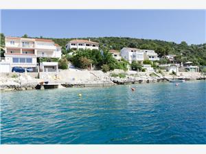 Apartments Ante Vinisce, Size 40.00 m2, Airline distance to the sea 50 m, Airline distance to town centre 600 m