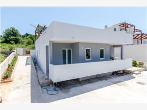 Casa Bozana , Dimensioni 127,00 m2, Alloggi con piscina, Distanza aerea dal centro città 800 m