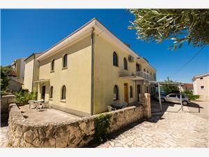 Appartamenti Čiovo Okrug Gornji (Ciovo),Prenoti Appartamenti Čiovo Da 72 €