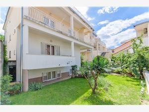 Appartements Mateo Baska Voda, Superficie 45,00 m2, Distance (vol d'oiseau) jusque la mer 180 m, Distance (vol d'oiseau) jusqu'au centre ville 150 m