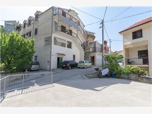 Apartmán Mate Dugi Rat, Prostor 75,00 m2, Vzdušní vzdálenost od centra místa 200 m