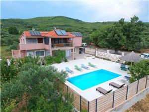 Villa Galia Tribunj, Robinson házak, Méret 180,00 m2, Szállás medencével