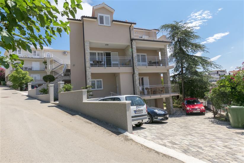 Appartementen Sanja
