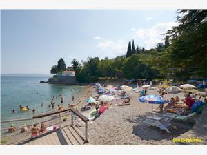Ferienwohnung Stari Grad Lovran, Größe 85,00 m2, Luftlinie bis zum Meer 100 m, Entfernung vom Ortszentrum (Luftlinie) 10 m