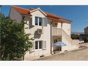 Appartementen Tanja Pucisca - eiland Brac,Reserveren Appartementen Tanja Vanaf 120 €
