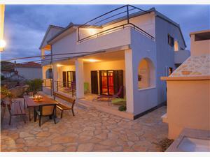 Vakantie huizen Sibenik Riviera,Reserveren Diana Vanaf 314 €