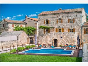 Vila Zaneta Zminj, Kvadratura 250,00 m2, Namestitev z bazenom