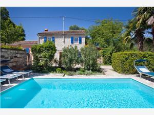 Vila Oliva Modra Istra, Kvadratura 80,00 m2, Namestitev z bazenom
