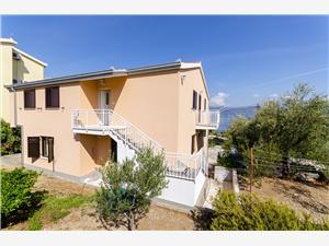 Apartmaji Milka Slatine (Ciovo), Kvadratura 55,00 m2, Oddaljenost od morja 60 m
