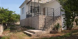 Hiša - Razanj