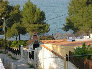 Beachfront accommodation Laura Okrug Donji (Ciovo),Book Beachfront accommodation Laura From 156 €