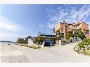 Apartmány Nada Chorvatsko, Prostor 30,00 m2, Vzdušní vzdálenost od moře 10 m