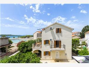 Appartementen Jelica Srima (Vodice), Kwadratuur 41,00 m2, Lucht afstand tot de zee 30 m, Lucht afstand naar het centrum 150 m