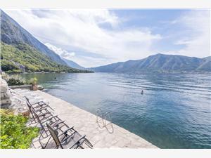 Apartmány Mir i dobro Čierna Hora, Kamenný dom, Rozloha 50,00 m2, Vzdušná vzdialenosť od mora 5 m