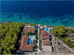 вилла Rosada Vela Luka - ostrov Korcula, квадратура 200,00 m2, размещение с бассейном, Воздуха удалённость от моря 30 m
