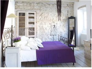 Vakantie huizen 29 Vodice,Reserveren Vakantie huizen 29 Vanaf 133 €