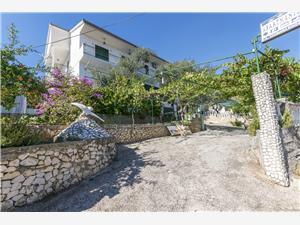 Appartementen Jasminka Poljica, Kwadratuur 35,00 m2, Lucht afstand tot de zee 30 m, Lucht afstand naar het centrum 200 m