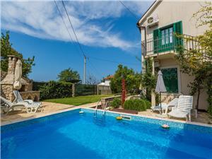 Vakantie huizen De Crikvenica Riviera en Rijeka,Reserveren BARETIC Vanaf 151 €