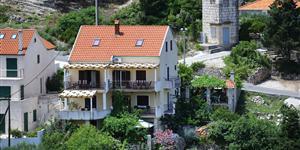 Apartmá - Splitska - ostrov Brac