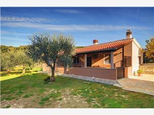 Počitniške hiše Monte Premantura,Rezerviraj Počitniške hiše Monte Od 80 €