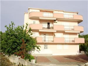 Apartmány Miroslava Okrug Gornji (Ciovo),Rezervujte Apartmány Miroslava Od 88 €