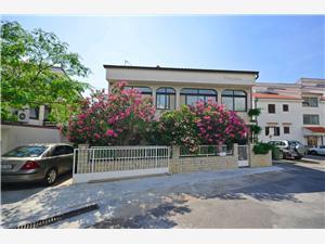 Apartmaji in Sobe Jaka Crikvenica, Kvadratura 23,00 m2, Oddaljenost od centra 800 m