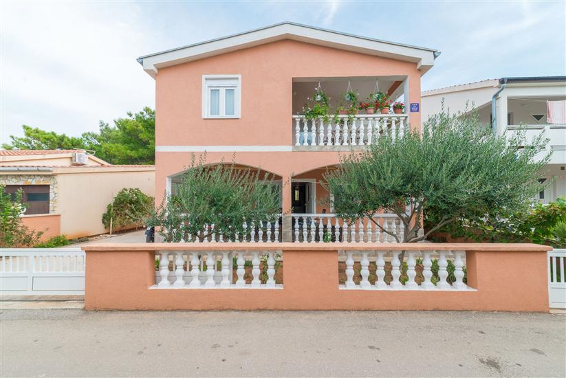 Дом Blazevic