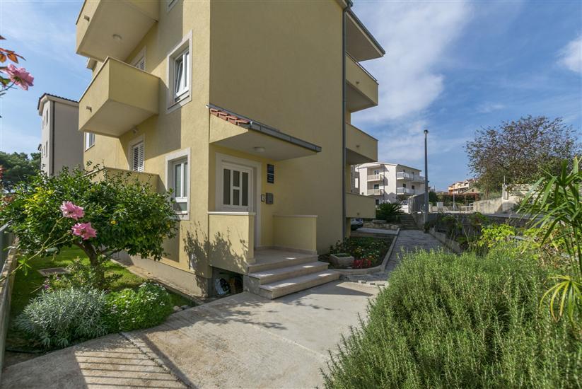 Lägenhet Dora