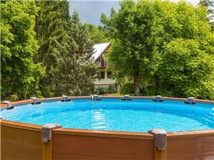 Kuća za odmor ADRIJANA Rijeka i Crikvenica rivijera, Kuća na osami, Kvadratura 53,00 m2, Smještaj s bazenom