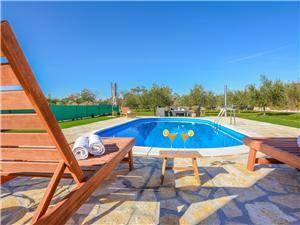 Vakantie huizen Zadar Riviera,Reserveren garden Vanaf 210 €