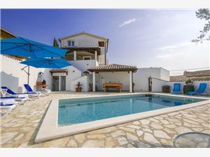 Hébergement avec piscine bazenom Porec,Réservez Hébergement avec piscine bazenom De 140 €