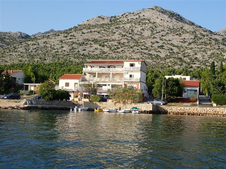 Apartmani Bili-with the beautiful seaview