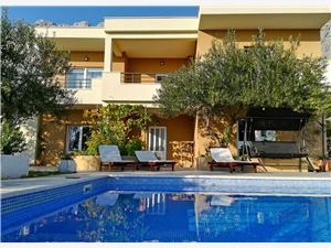 Namestitev z bazenom Arija Podgora,Rezerviraj Namestitev z bazenom Arija Od 248 €
