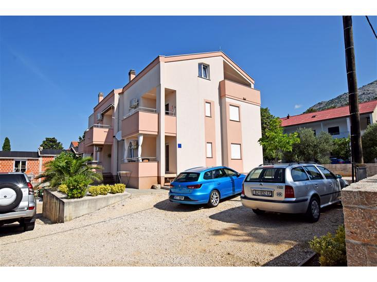 Apartamenty BRANKA-modernly equipped and close to the beach