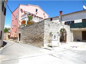 Apartamenty DINO EDI Medulin, Powierzchnia 60,00 m2, Kwatery z basenem, Odległość od centrum miasta, przez powietrze jest mierzona 600 m