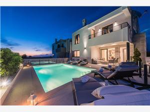Vakantie huizen Ana Privlaka (Zadar),Reserveren Vakantie huizen Ana Vanaf 352 €