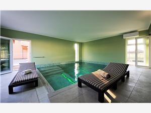 Willa Roko Vir - wyspa Vir, Powierzchnia 240,00 m2, Kwatery z basenem, Odległość od centrum miasta, przez powietrze jest mierzona 500 m