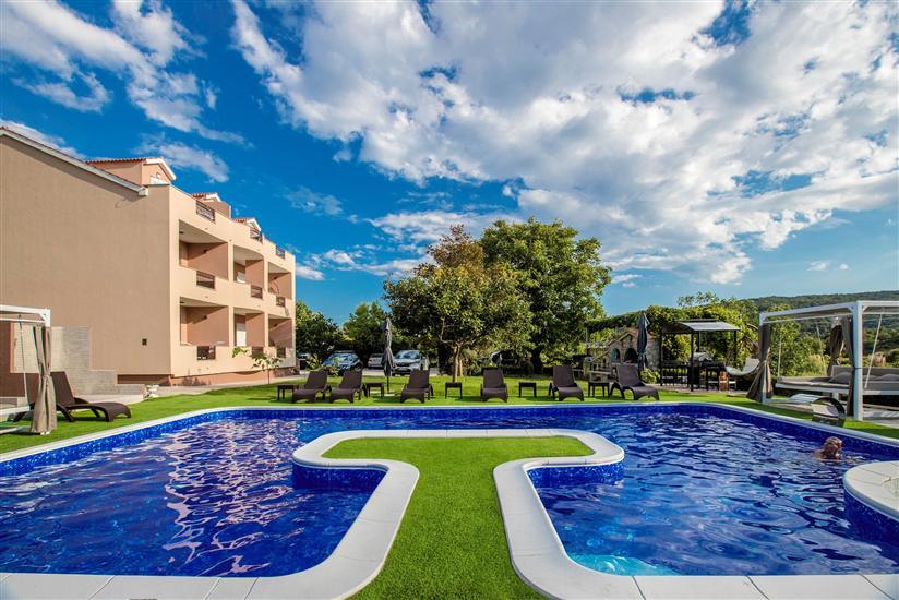 Appartementen Villa Subic