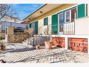 Počitniške hiše LAVANDA Vrsi (Zadar),Rezerviraj Počitniške hiše LAVANDA Od 167 €