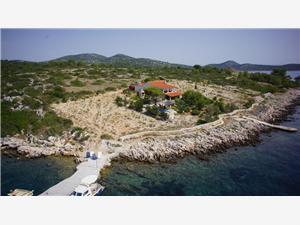 Dům Villa Pauk Zizanj - ostrov Zizanj, Dům na samotě, Prostor 11463,00 m2, Soukromé ubytování s bazénem