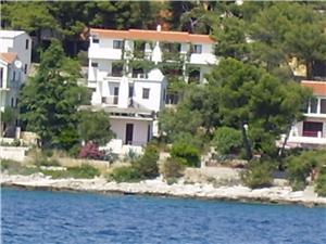 Appartementen Dane Okrug Gornji (Ciovo), Kwadratuur 50,00 m2, Lucht afstand tot de zee 200 m