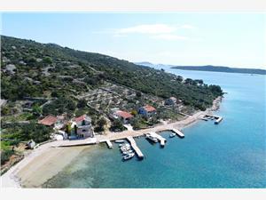 Дома в уединенных местах Северо-Далматинские острова,Резервирай Cicibela От 114 €