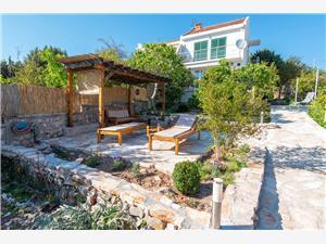 Casa Lovište Peljesac (penisola di Sabbioncello), Dimensioni 85,00 m2, Distanza aerea dal mare 10 m