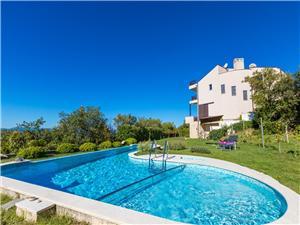 Namestitev z bazenom Reka in Riviera Crikvenica,Rezerviraj SKY Od 546 €